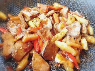 泡椒豬肝,關火準備出鍋裝盤