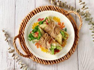快手午餐肉蔬菜卷饼