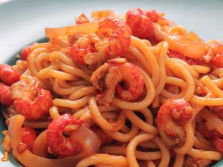 夜宵绝对不能少的『小龙虾拌面』 没吃过你的夏天就算白过啦!