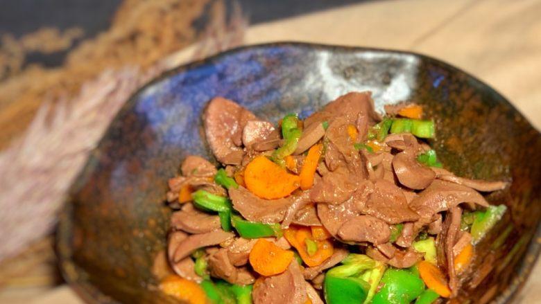 青椒炒猪腰,出锅