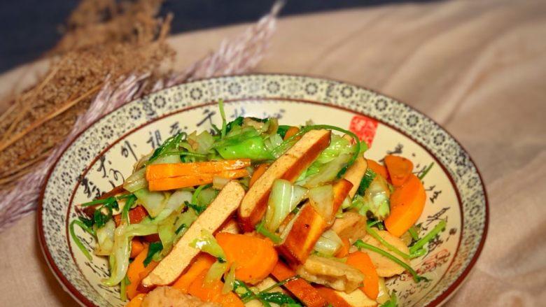 香菜炒圆白菜,分享