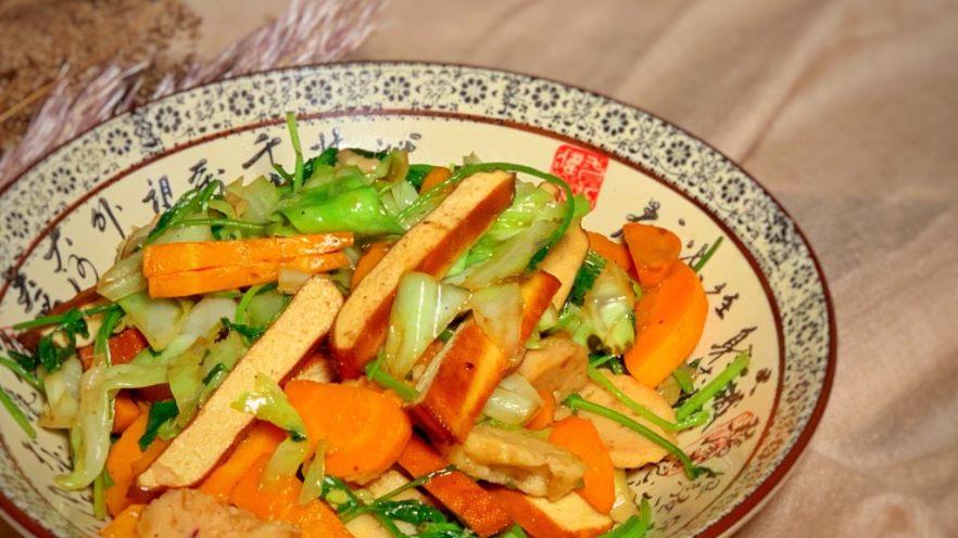 香菜炒圆白菜
