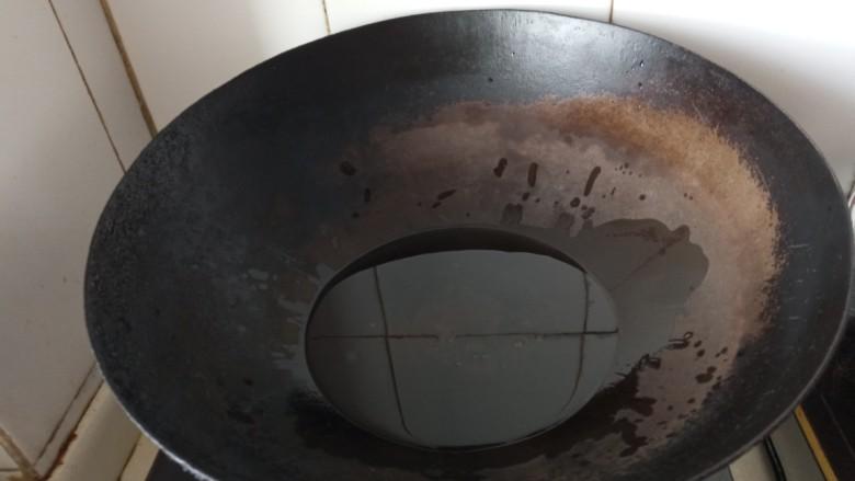 蛋黄焗鸡翅,热油锅
