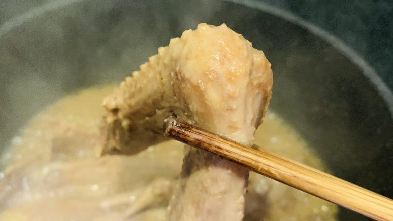 红烧鸭翅,鸭翅入味,起锅