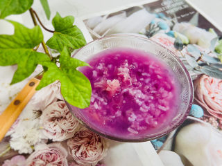紫薯银耳粥