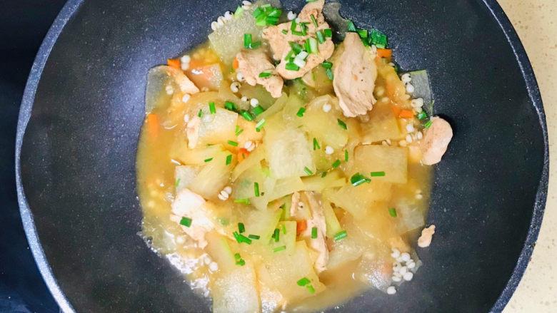 冬瓜薏米汤,一道鲜美可口的冬瓜薏米汤就做好了