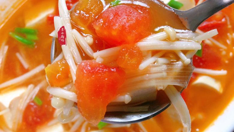 金针菇豆腐汤,酸甜有味儿