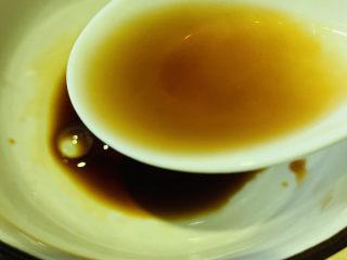西兰花炒鸡蛋,半勺料酒