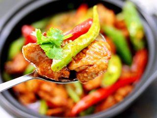 临沂炒鸡,关键是超好吃,吃上一口就停不下来了。