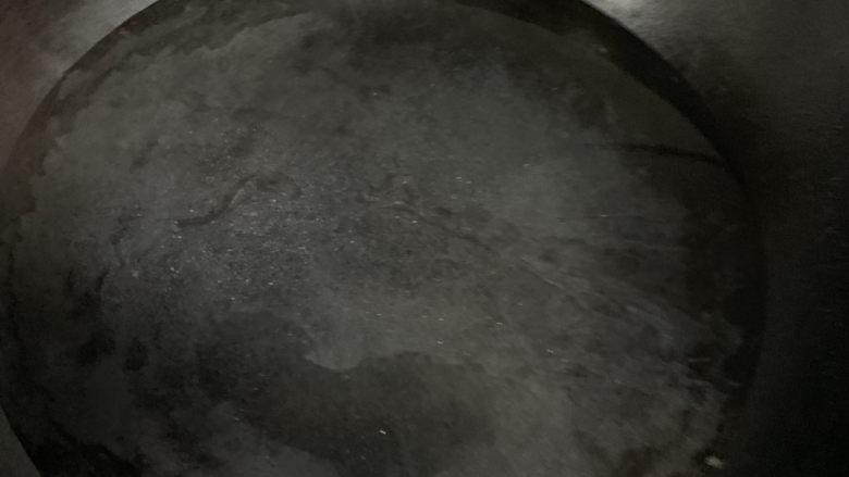 干锅西兰花,煮