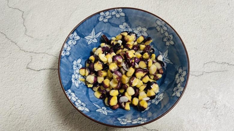 玉米南瓜粥,玉米粒