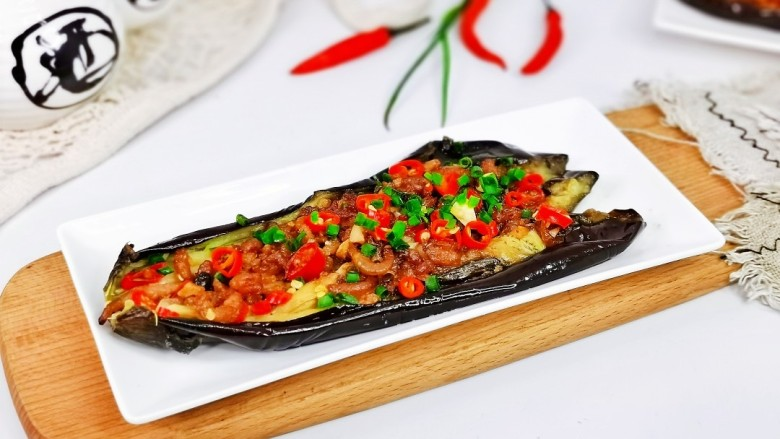 蒜蓉茄子,简单快手,美味佳肴。
