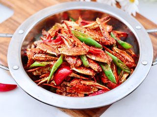 酱香麻辣蟹腿,多吃也不长肉肉。