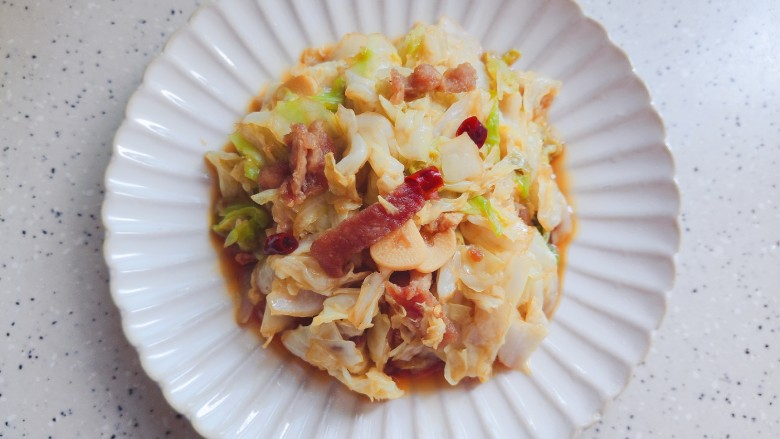 干锅包菜,装盘