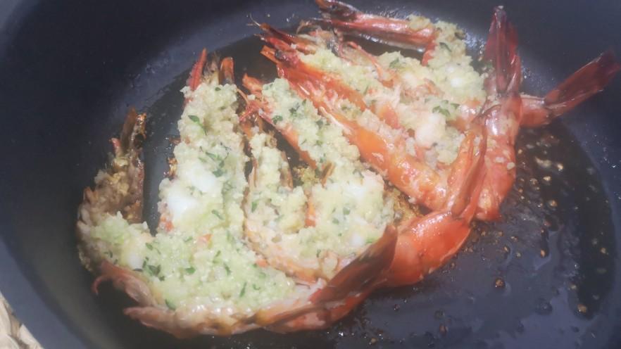 蒜茸香草虾