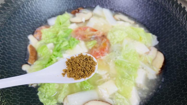 白菜豆腐汤,<a style='color:red;display:inline-block;' href='/shicai/ 756'>鸡精</a>调味
