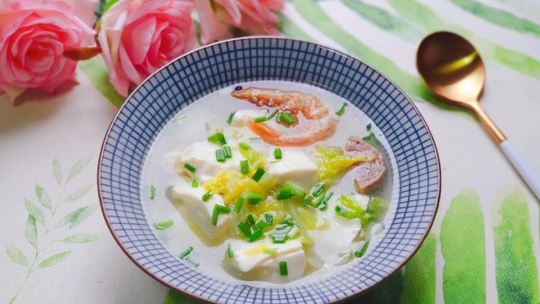 白菜豆腐汤,清爽好喝,营养丰富,鲜美无比