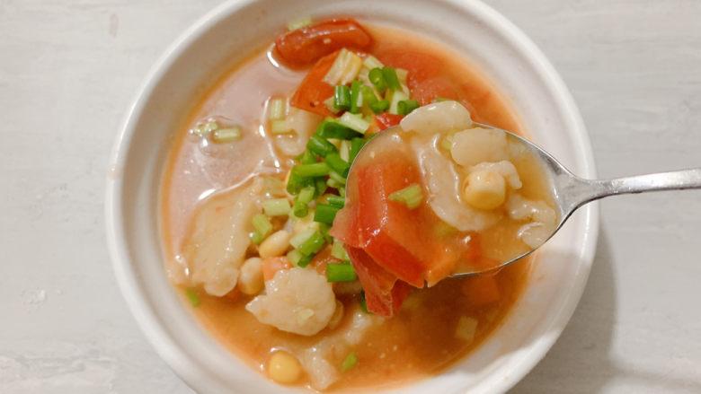 西红柿面疙瘩,能吃辣的小伙伴加辣椒油也是杠杠的!