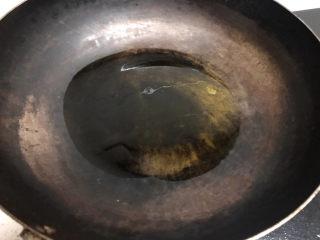生炒鸡,另起锅热油