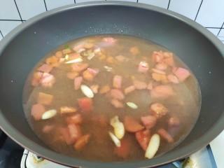 西紅柿面疙瘩,加入清水