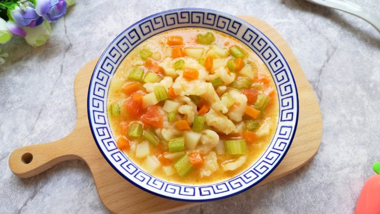 西红柿面疙瘩,热乎乎的来一碗。