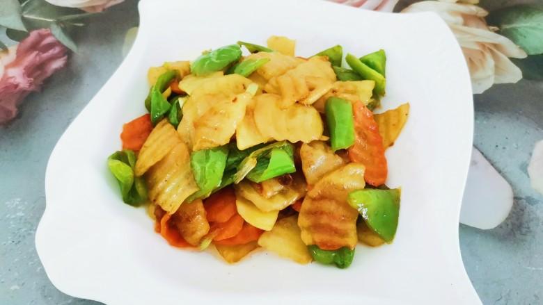 尖椒土豆片,很美味哦,好吃到停不下来