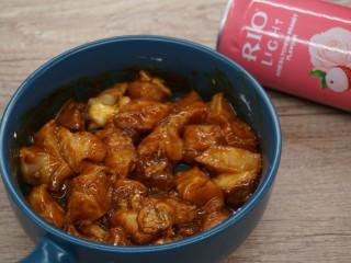老北京雞肉卷,攪拌均勻
