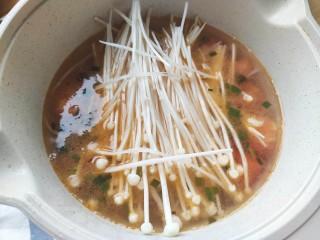 番茄豆腐湯,加入金針菇