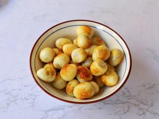 茄汁鹌鹑蛋,盛出备用