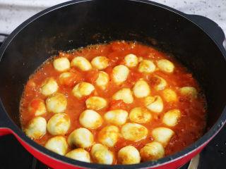 茄汁鹌鹑蛋,翻炒片刻