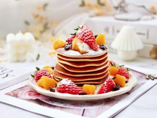 酸奶水果松饼,颜值高又营养丰富,关键是好吃。