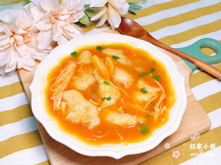 茄汁龙利鱼,好吃极了,汤底都喝干了。