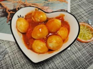 茄汁鹌鹑蛋,大火收汁。