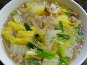 肉丁白菜炖粉条
