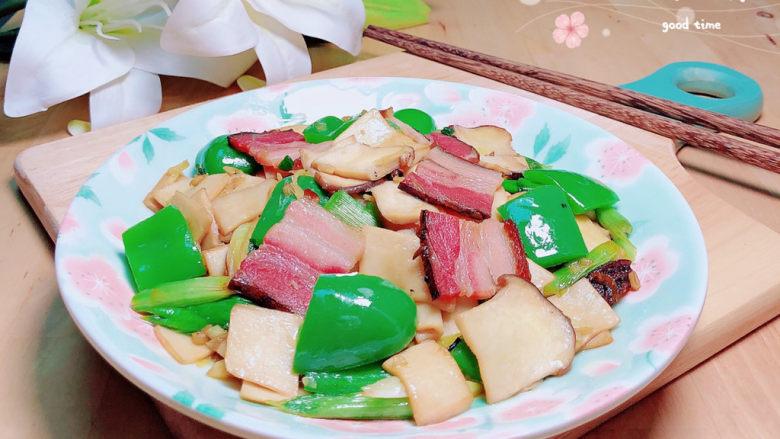 杏鲍菇炒腊肉