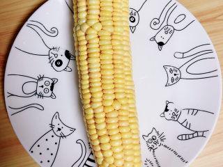 什锦藕丁,准备好水果玉米。