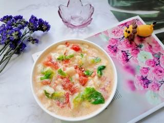 西红柿疙瘩汤,拍上成品图,一道美味可口的西红柿疙瘩汤就完成了。