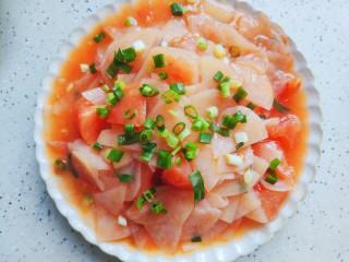 西红柿炒土豆片,装盘