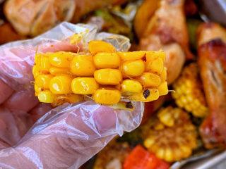 低脂时蔬烤鸡腿,玉米