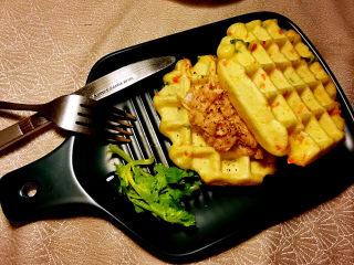 胡萝卜鸡蛋饼,美美哒上桌,用刀叉更洋气