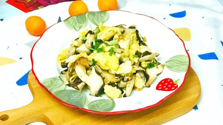 香菇炒鸡蛋,鲜美营养