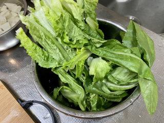 凉拌油麦菜➕麻酱油麦菜,油麦菜择好洗净