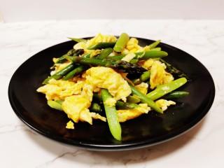 芦笋炒鸡蛋,成品图