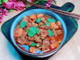 西红柿炖牛肉,汤汁浓郁,营养又美味!