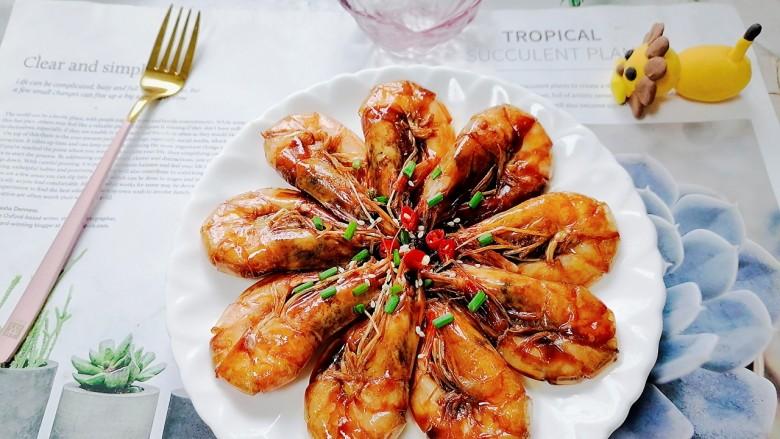 糖醋虾,拍上成品图,一道美味又营养的糖醋虾就完成了。