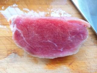 豆角牛柳,取牛肉冲洗干净