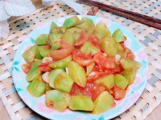 番茄炒莴笋,减脂餐推荐,吃多少都无压力。