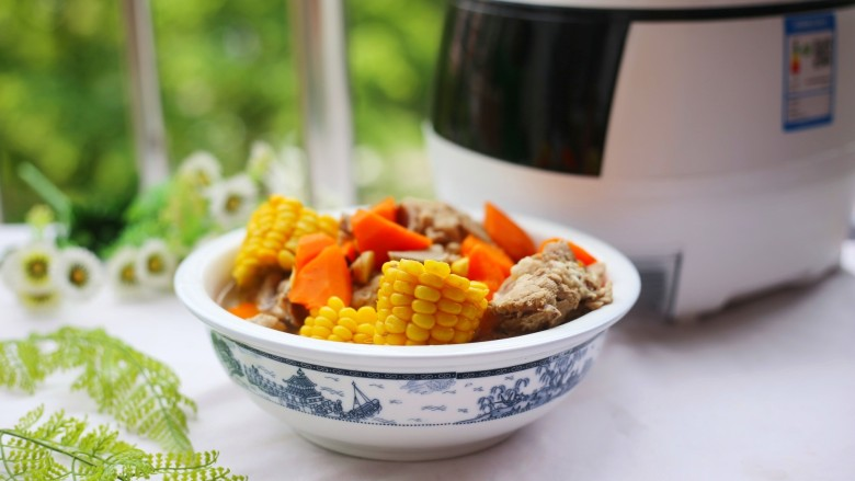 胡萝卜筒骨汤,喜欢的朋友也可以试一试。