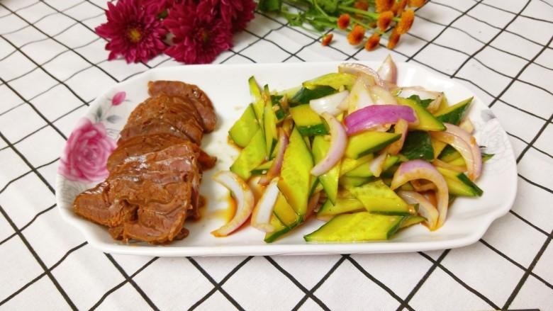 洋葱拌牛肉,成品图洋葱拌牛肉