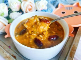绿豆南瓜粥,好喝营养又清凉解暑的绿豆南瓜粥就做好了